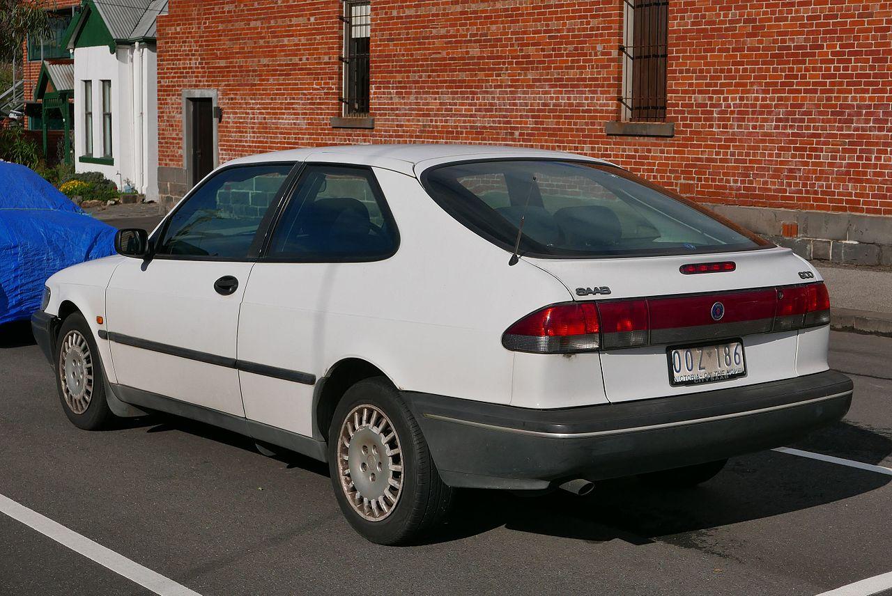 Saab 1997 saab 900 : File:1997 Saab 900 (MY97) S 2.0 3-door hatchback (2015-07-15) 02 ...