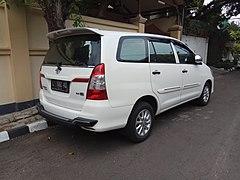 4700 Gambar Mobil Innova 2015 HD