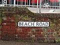 2018-03-31 Street name sign, Beach road, Cromer.JPG
