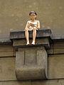 255 Klementinum, estàtua de la Noia de l'Avió de Paper.jpg