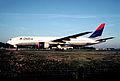 316am - Delta Air Lines Boeing 777-232ER, N866DA@CDG,06.09.2004 - Flickr - Aero Icarus.jpg