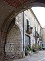 346 Casa Avinyó, des del portal de Sant Domènec (Peralada).JPG