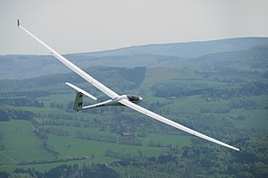 Aspect ratio (aeronautics) - An ASH 31 glider with very high aspect ratio (AR=33.5) lift-to-drag ratio (L/D 56)