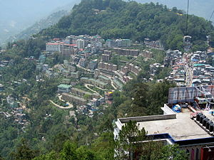 A Overhead view of Gangtok from the ropeway facility.JPG
