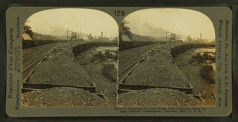 File:A trainload of coal from Pittsburgh fields for Lake Superior consumption, Conneaut, Ohio, by Keystone View Company.jpg