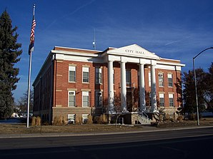 Adams County Courthouse in Brighton, gelistet im NRHP Nr. 06000916[1]