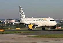 Un Airbus A319-100 di Vueling