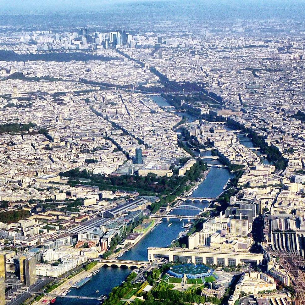 Airplane view Paris 01