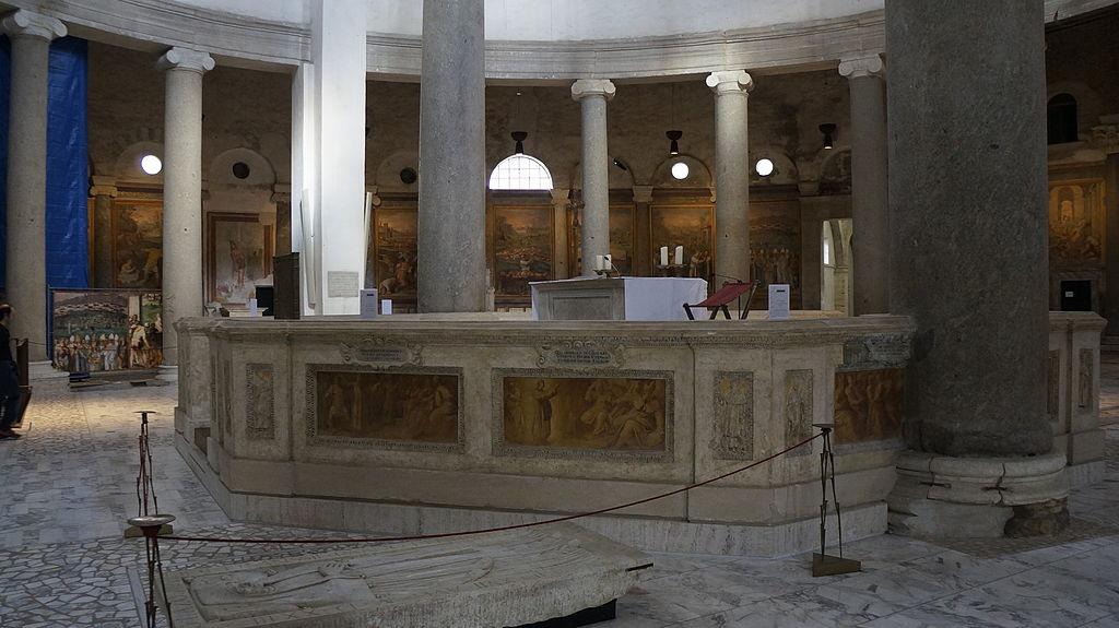 Altar de la Iglesia de Santo Stefano Rotondo.JPG