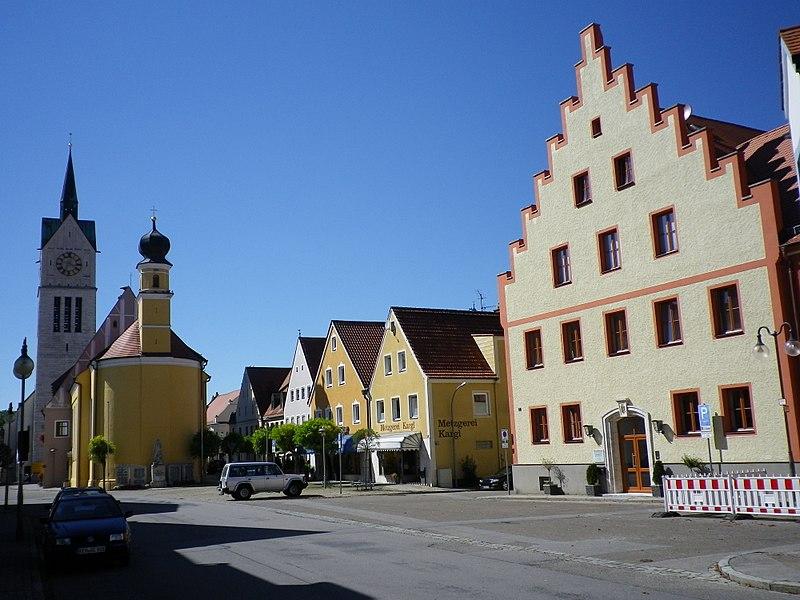 Datei:Altstadt von Neustadt an der Donau.JPG