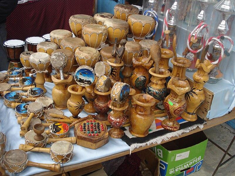 الصناعة التقليدية التونسية 800px-Artisanat_m%C3%A9dina_Kairouan