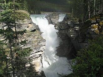 Athabasca Falls - Image: Athabasca Falls 2005 06 11