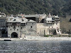 Keskiajan luostarit