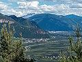 Aussicht bei Prissian am Jakobsweg zwischen Meran und Bozen, Trentino, Südtirol, Italien - panoramio.jpg