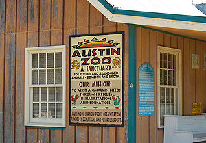 Austin Zoo - Zoo entrance