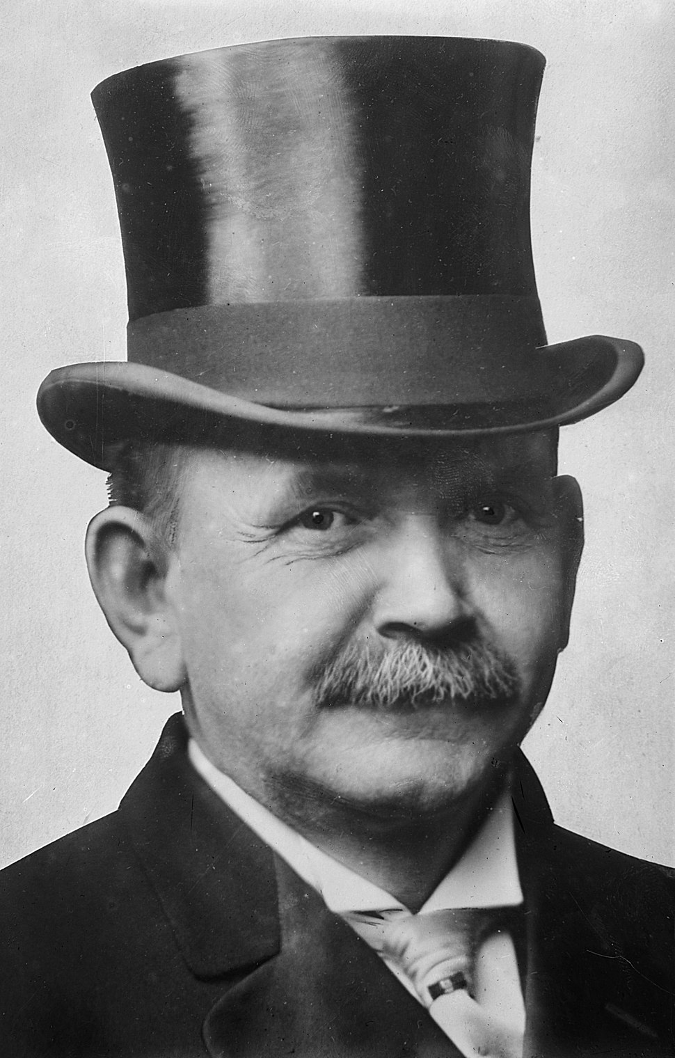 Austin Lane Crothers, photograph of head with top hat
