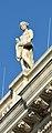 Austrian Parliament Building statues 01.jpg