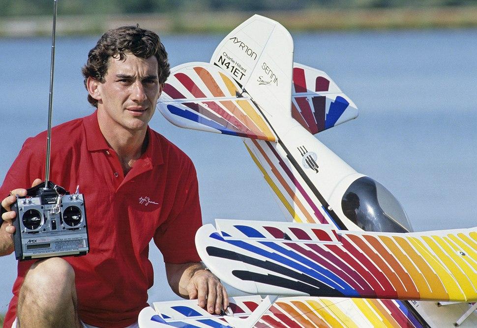 Ayrton Senna - Howling Pixel