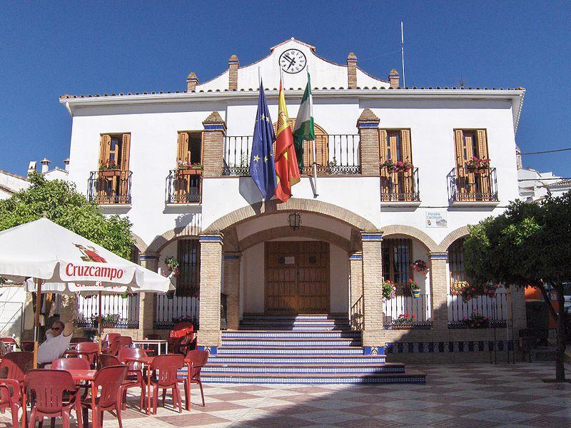 Ardales · Material en internet 800px-Ayuntamiento_de_Ardales
