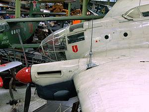 B.2I-82 (5J+GN) Heinkel He.111E pic9.JPG