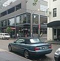 BMW 325i Cabriolet (17890064809).jpg