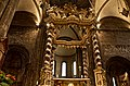 Baldacchino sull'altare maggiore del Duomo.jpg