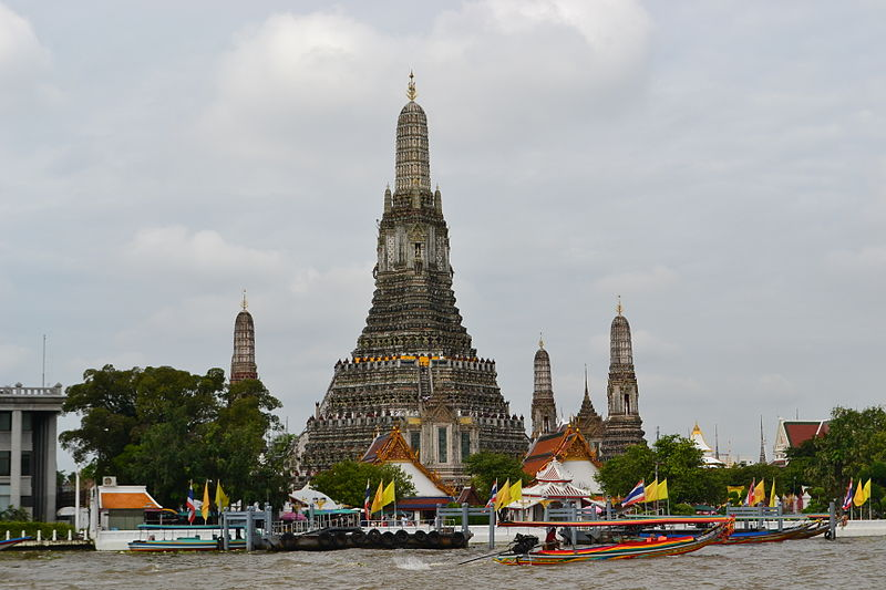 File:Bangkok Thailand View from a Boat to Wat Arun.JPG
