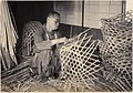 Basket weaver working with kagome pattern