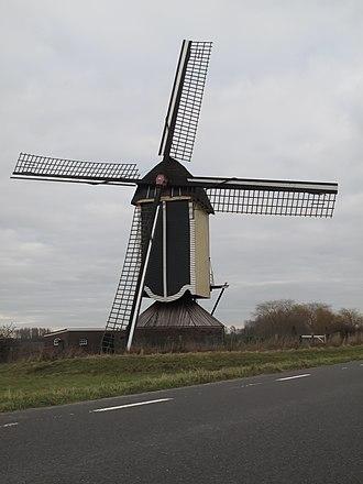 Batenburg - Image: Batenburg, molen foto 9 2011 01 16 13.48