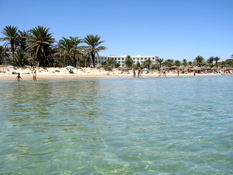 File:Beach in Sousse.jpg