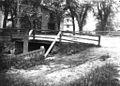 Beaverbrook footbridge at Damon Court, Keene NH (2) (14776748115).jpg