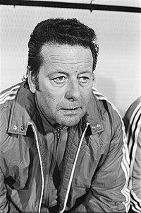 Belgie tegen Nederland 1-2, Belgie, trainer Guy Thijs kop, Bestanddeelnr 928-5992.jpg