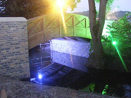 The new bridge dedicated to Arabella Churchill, which was built in 2010 Bellas bridge at night.jpg