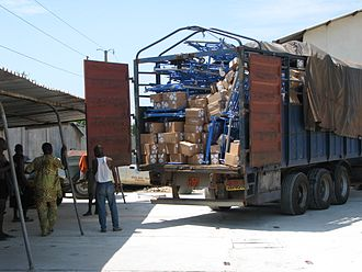 Global Medical Aid - Arrival of beds