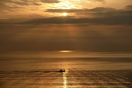 Morning sun at Beppu Bay