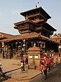 Bhaktapur-Dattatreya Mandir am Tacapala Tole-06-gje.jpg