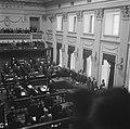 Binnenhof te Den Haag Tweede Kamer Overzicht van de zittingszaal, leden en b…, Bestanddeelnr 900-8293.jpg