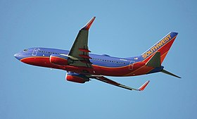 Boeing 737 (Southwest Airlines) in Chicago.jpg