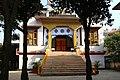 Boudhanath, Nepal (23724169051).jpg
