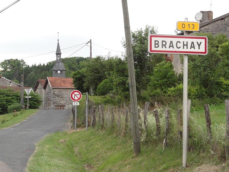 Brachay (Haute-Marne) entrée du village