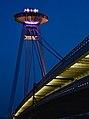 Bratislava nový most v noci.jpg