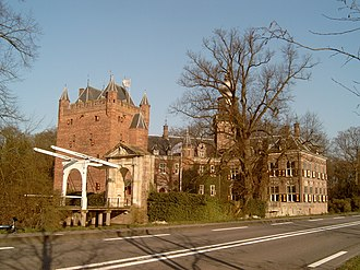 Breukelen - Image: Breukelen, Nijenrode foto 5 2007 03 25 09.45