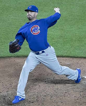 Brian Duensing - Duensing pitching for the Chicago Cubs in 2017