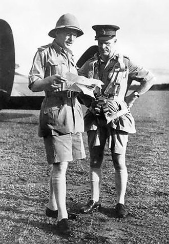 Archibald Wavell, 1st Earl Wavell - Wavell (right) with Brooke-Popham in WW II