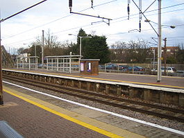Brookmans Park railway station.jpg