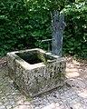 Brunnen Friedhof Feldmoching München.jpg