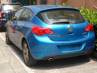 Buick Excelle GT - Image: Buick Excelle XT 02 China 2012 04 22