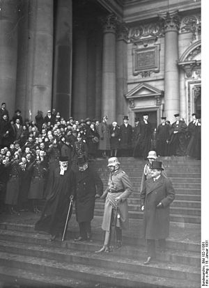 Oskar von Hindenburg - The Reich President leaving Berlin Cathedral with his son and aide-de-camp Oskar von Hindenburg, January 1931