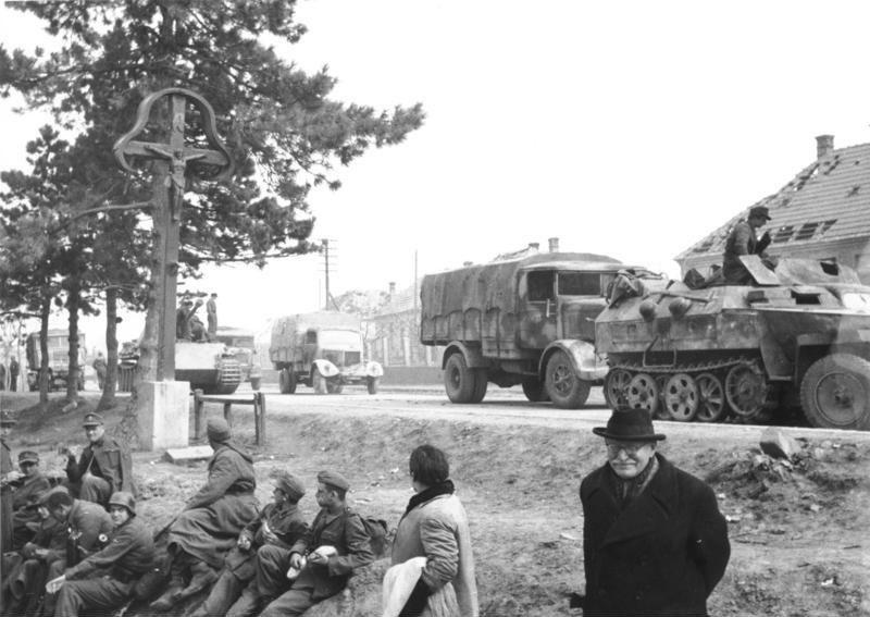 Bundesarchiv Bild 146-1989-105-13A, Ungarn, deutscher Rückzug