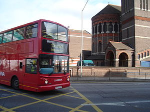 Bus 142 on Claredon Road, Watford, 7 Oct 2008.jpg